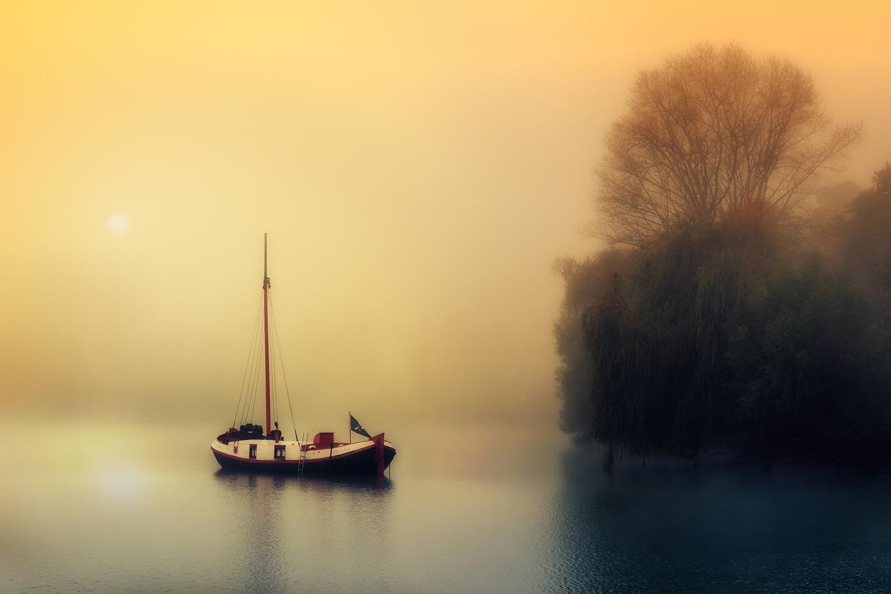 boat-1992137_1280