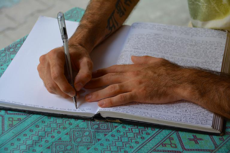 ruční psaní.jpg